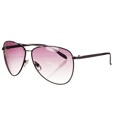 Black Frame Roscoe Aviator Sunglasses from Jeepers Peepers