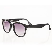 Black Retro Dylan Wayfarer Sunglasses from Jeepers Peepers [View details]