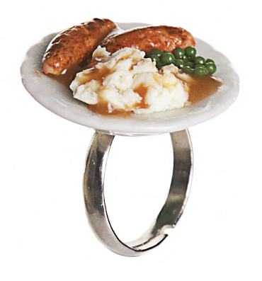 Classic British Dish Sausage And Mash Ring from ShmooBamboo
