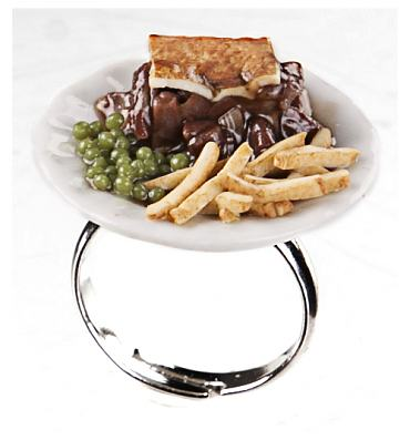 Classic British Dish Pie And Chips Ring from ShmooBamboo