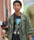 Willow_Smith_Ladies_Beatles_Abbey_Road_T_Shirt_11_09_2012